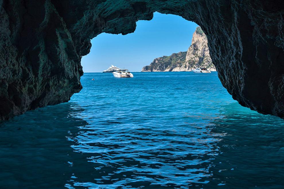 la grotta azzurra capri