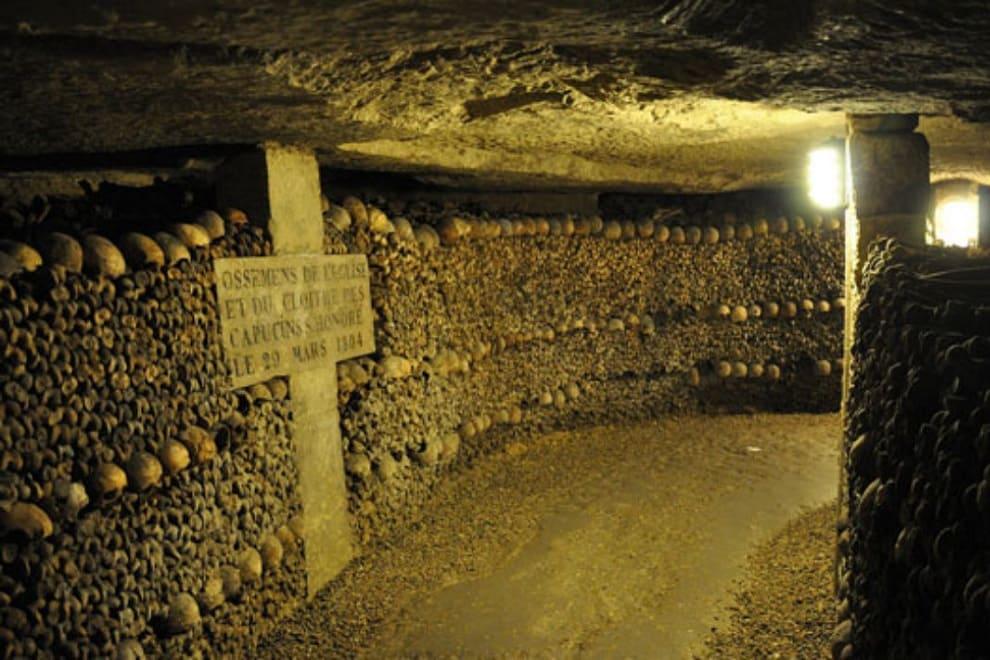 parigi catacombe